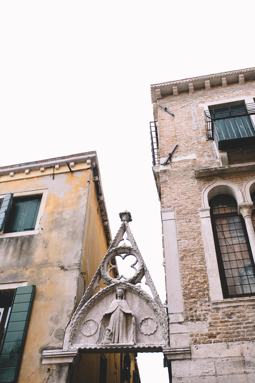 Blog Venice Italy Libreria Acqua Alta (5 of 10).jpg