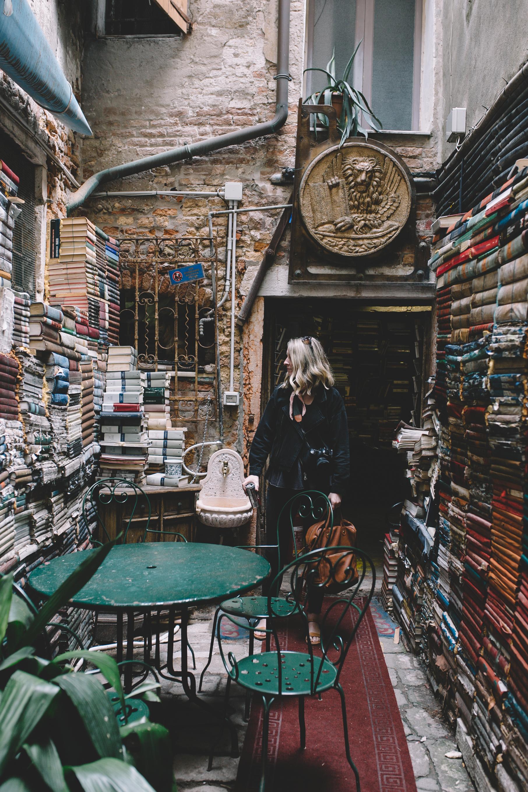 Blog Venice Italy Libreria Acqua Alta (6 of 10).jpg