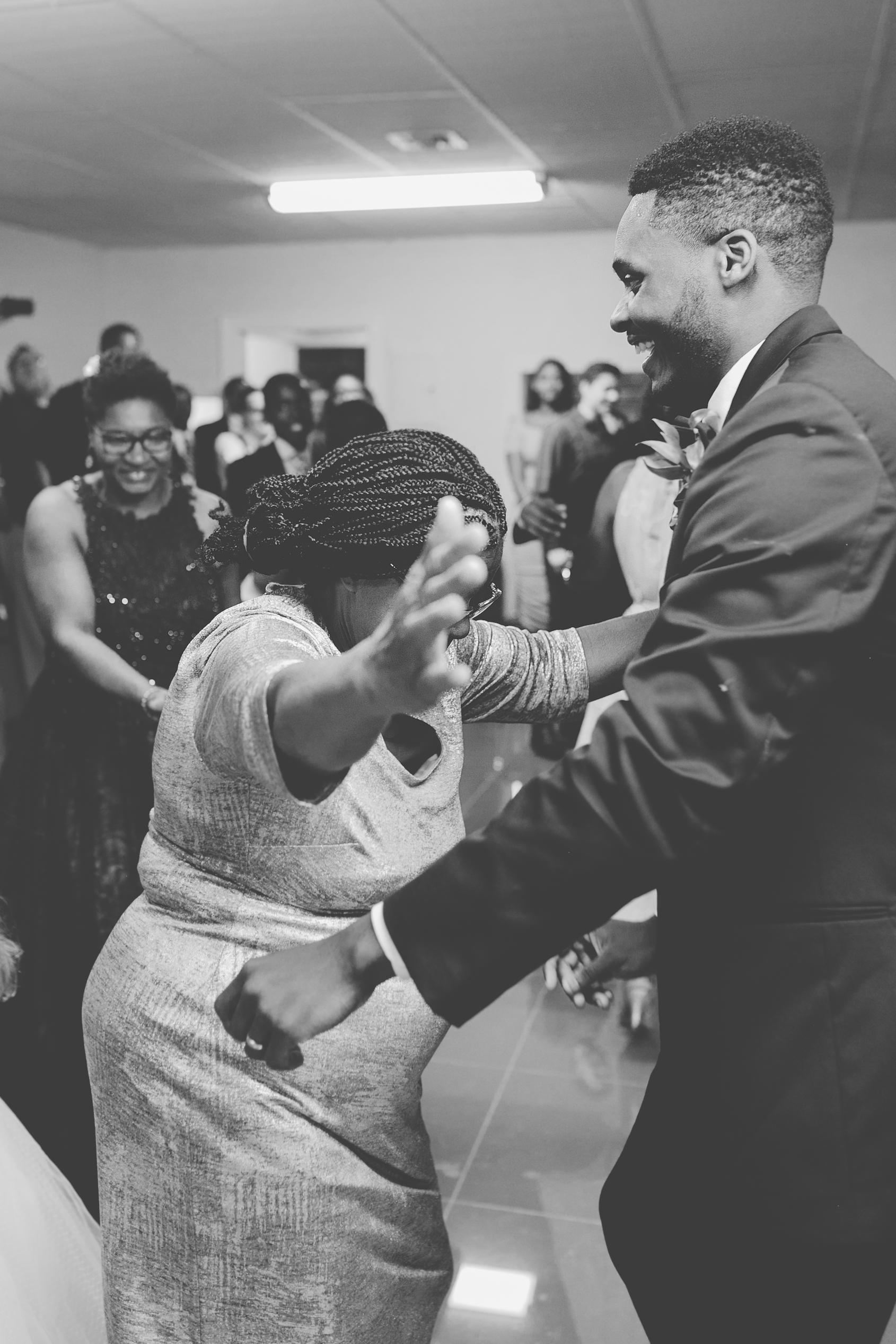 BLOG Dancing Wedding  (74 of 46).jpg