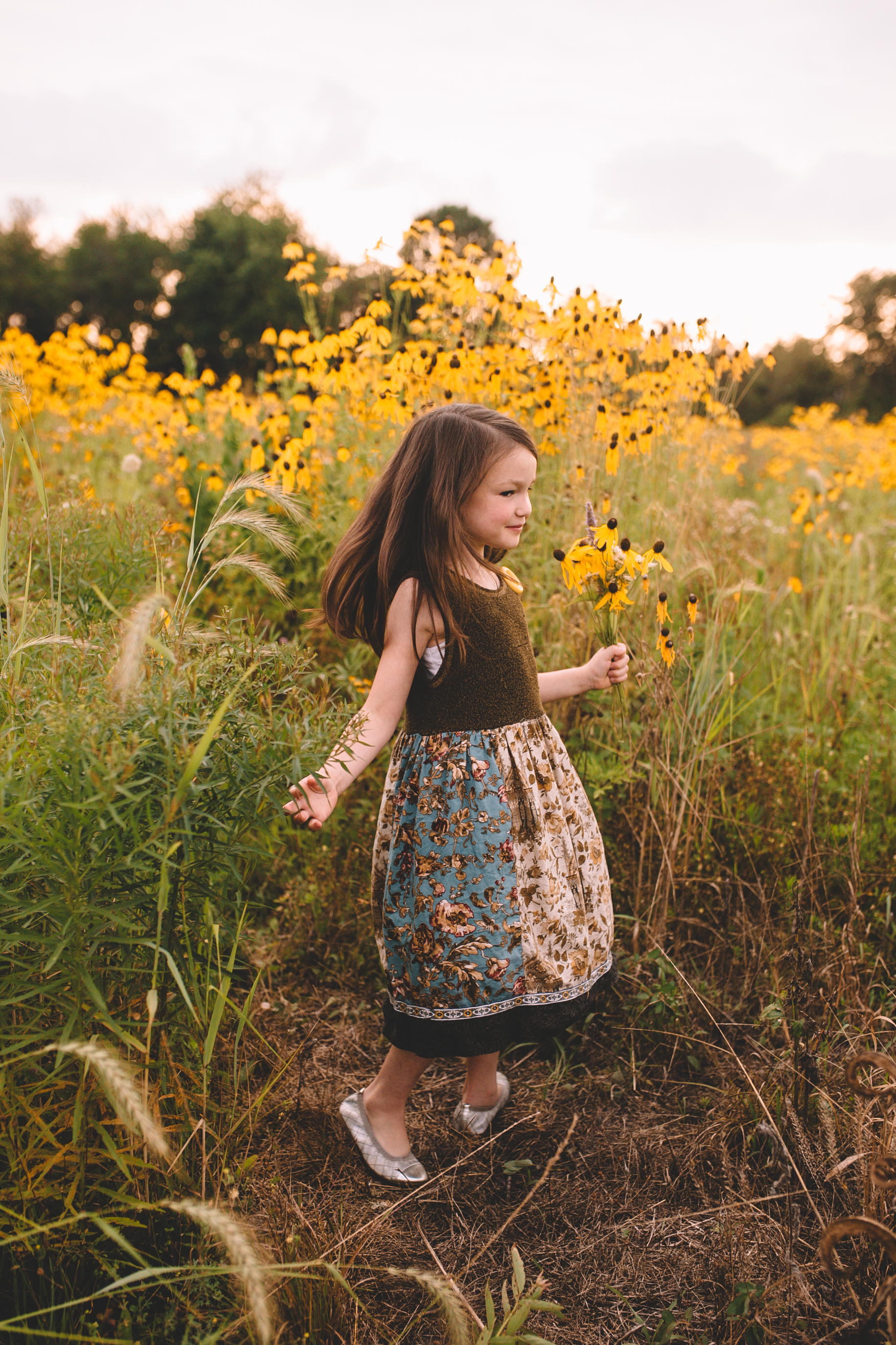 Golden Flower Field Mini Session Indianapolis IN (29 of 58).jpg