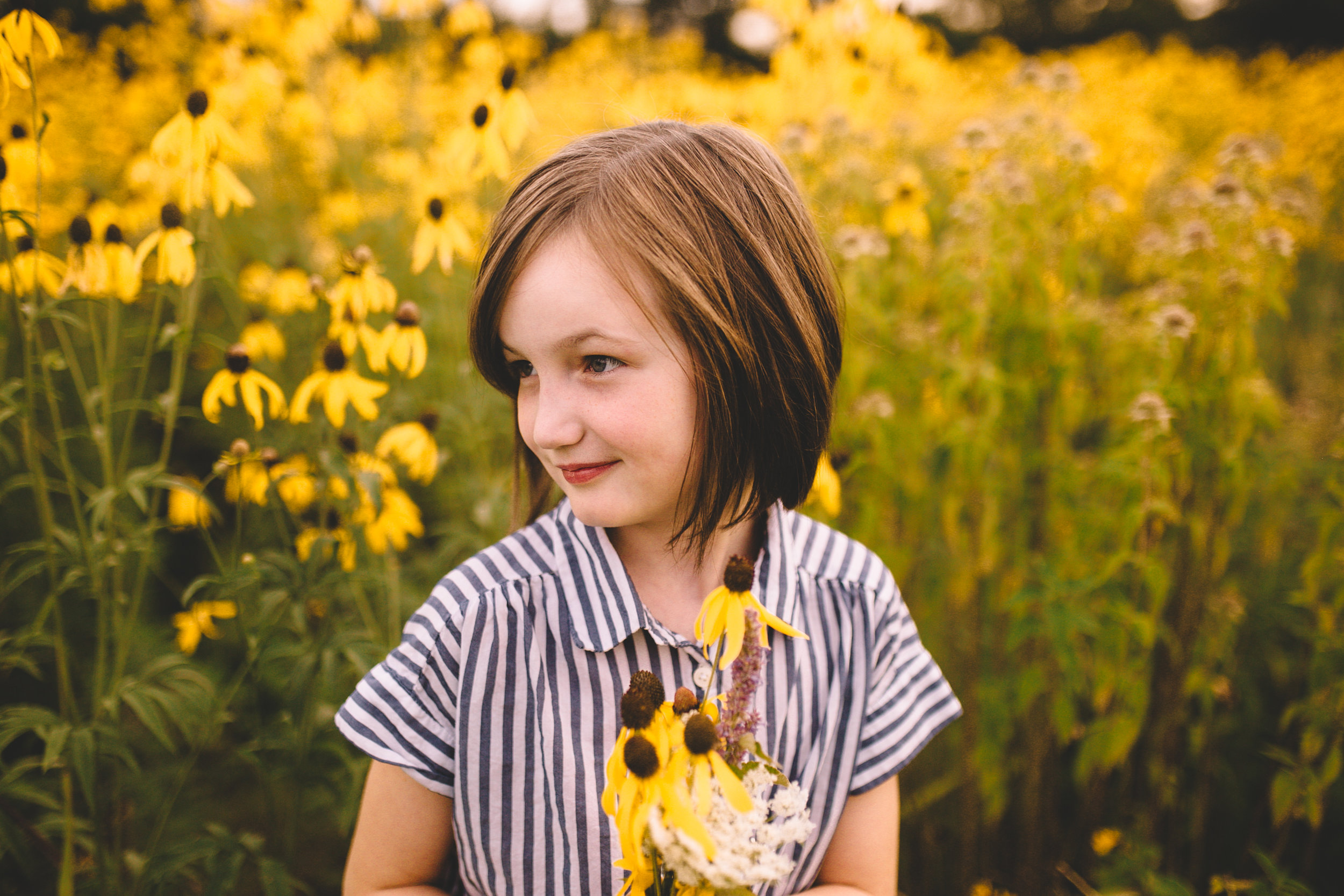 Golden Flower Field Mini Session Indianapolis IN (26 of 58).jpg