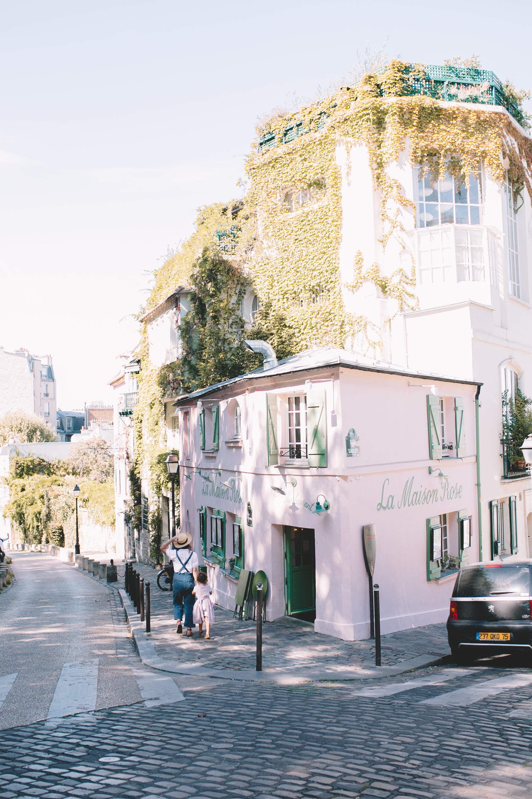 Montmartre La Maison Rose, Sacre-Coeur (35 of 52).jpg