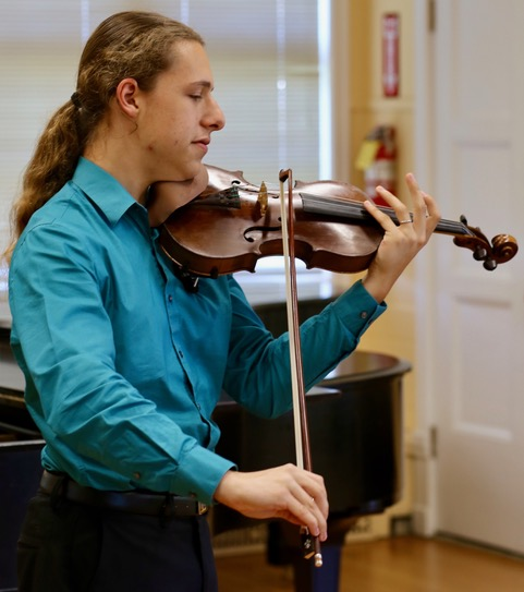 jonathan altman with violin 2018.jpeg