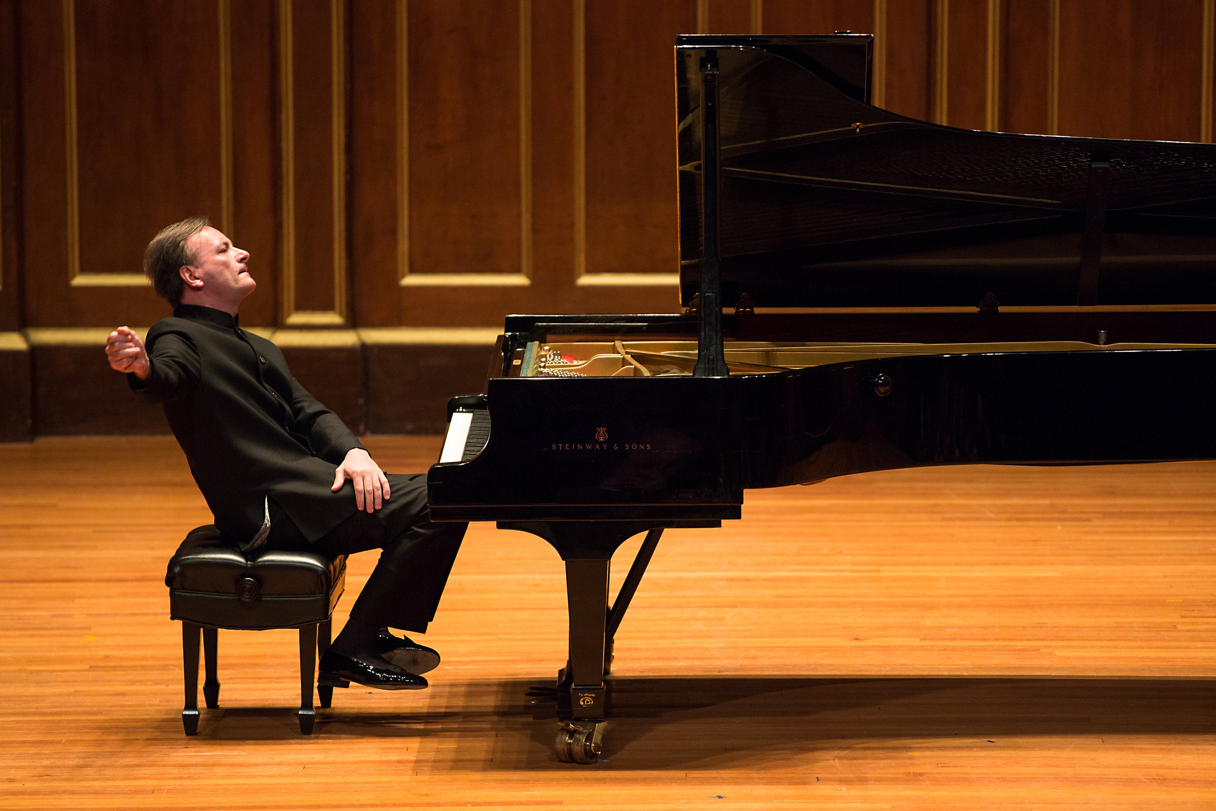 Rachmaninoff & Rimsky-Korsakov - Saturday, February 8, 2019 - 7:30 pm*Gallo Center For the ArtsDavid Lockington, conductorTickets Starting at $19($12 Student Tickets are available for all classic concerts.)