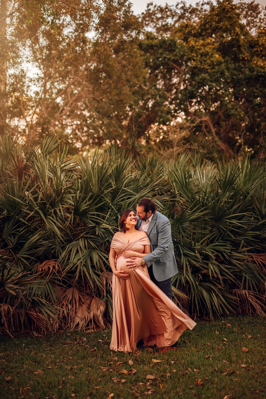 Best-Miami-South-Florida-Maternity-Newborn-Lifestyle-Family-Photographer_0008.jpg