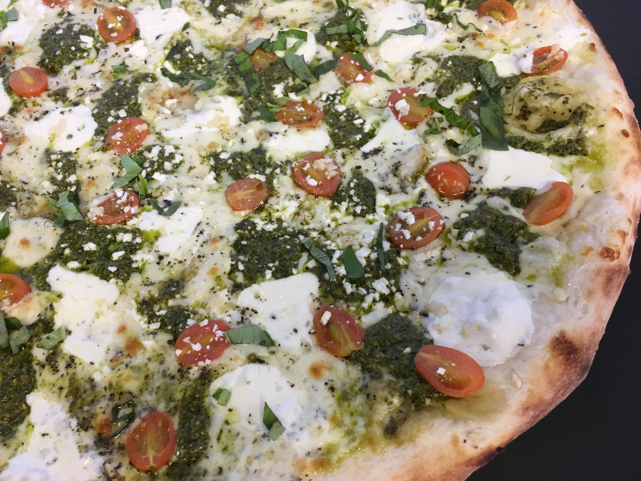 Fresh Mozzarella Pesto Pizza