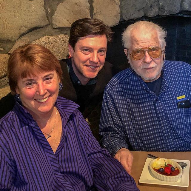 Hope everyone who celebrates had a wonderful #easter! Was great to be with the folks, even if it was brief. Enjoy those times with your family!