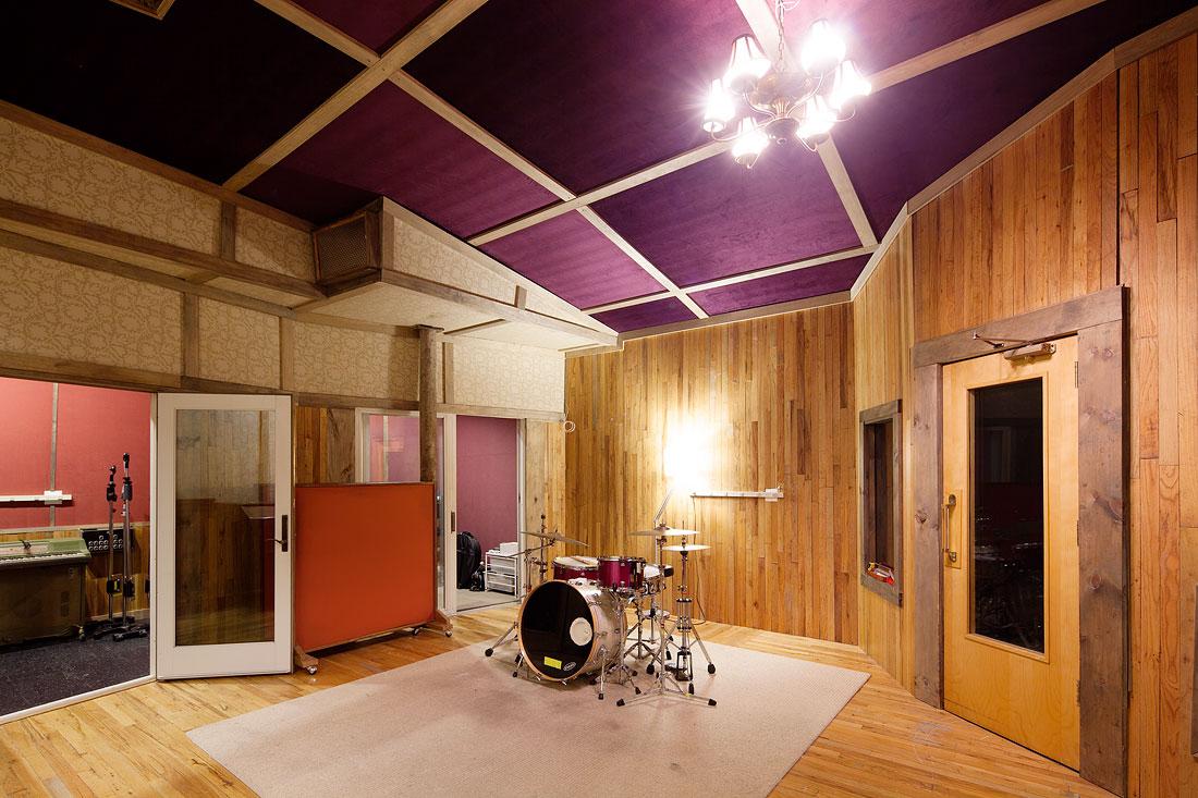 Studio B  at Studio G.