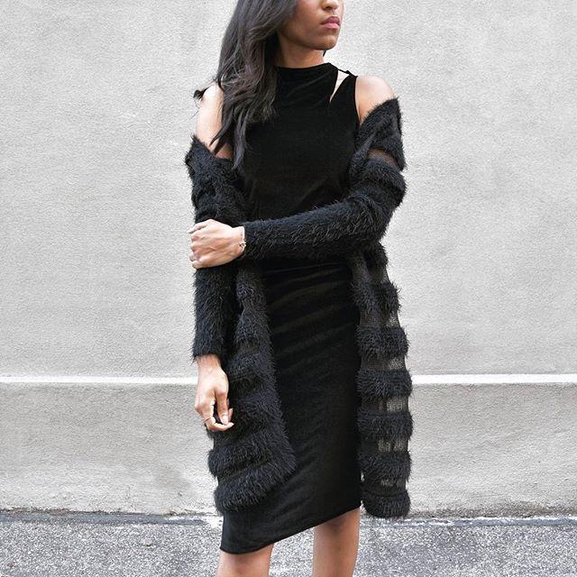 Double V Dress + Fur 🖤/www.houseoflva.com