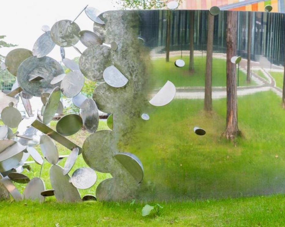 DZNE Sculpture, Bonn