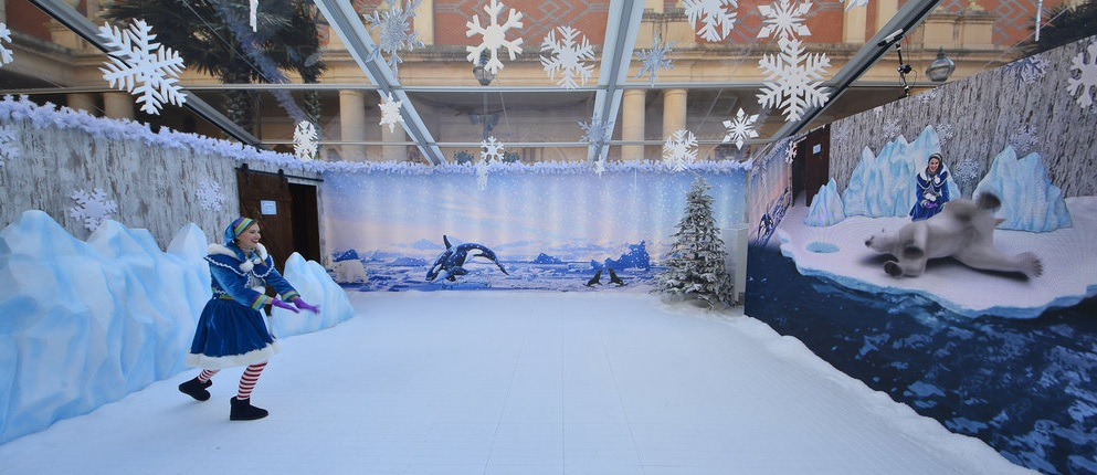 The Polar Bear from INDE's Arctic Explorer BroadcastAR experience, installed at intu Trafford Centre