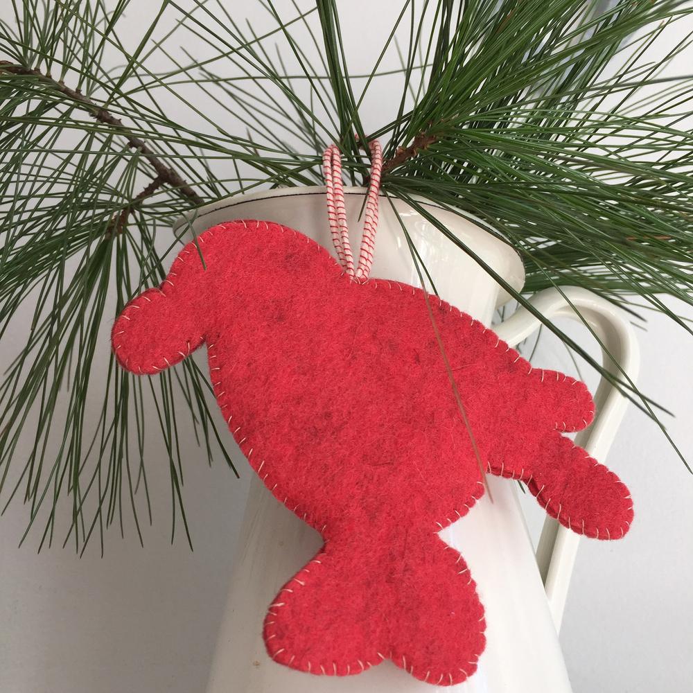 DIY Spatterware-Inspired Felt Ornaments by Rebecca Pitts - 10.jpg