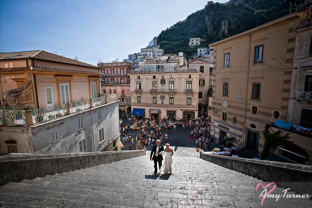wedding photo on the steps of Amalfi Cathedral