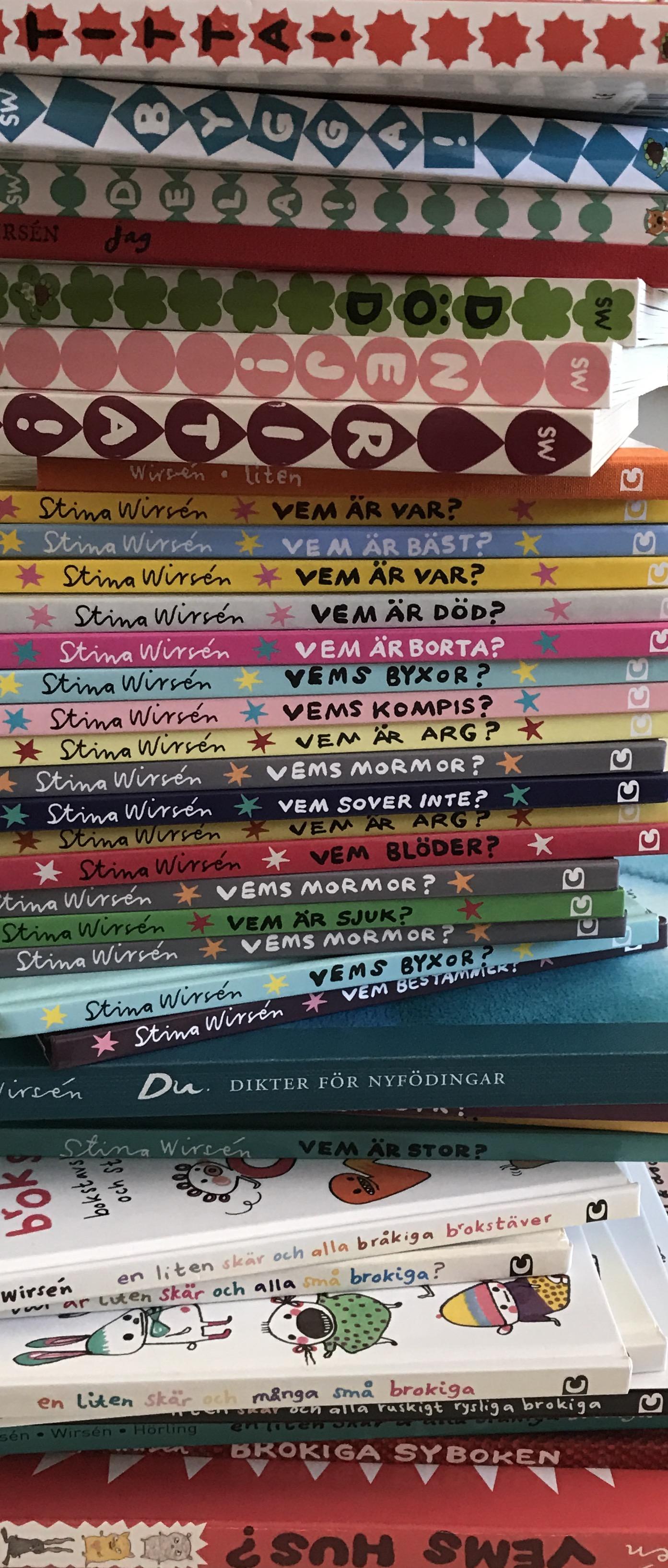 Så många böcker..... ett litet urval.jpeg