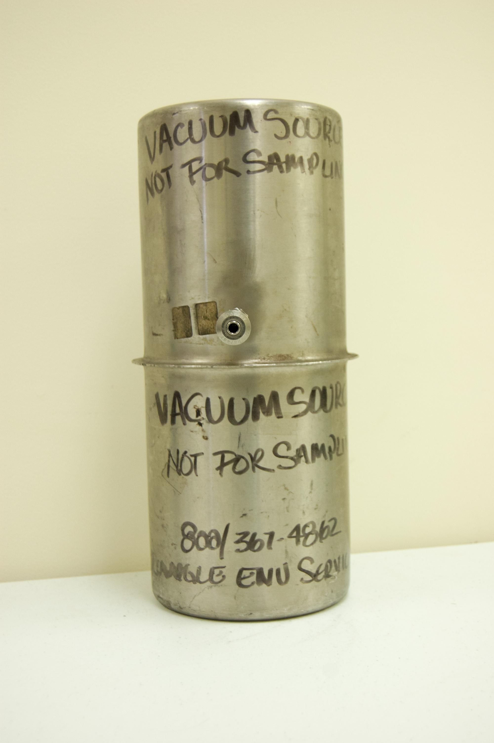 vacuum source