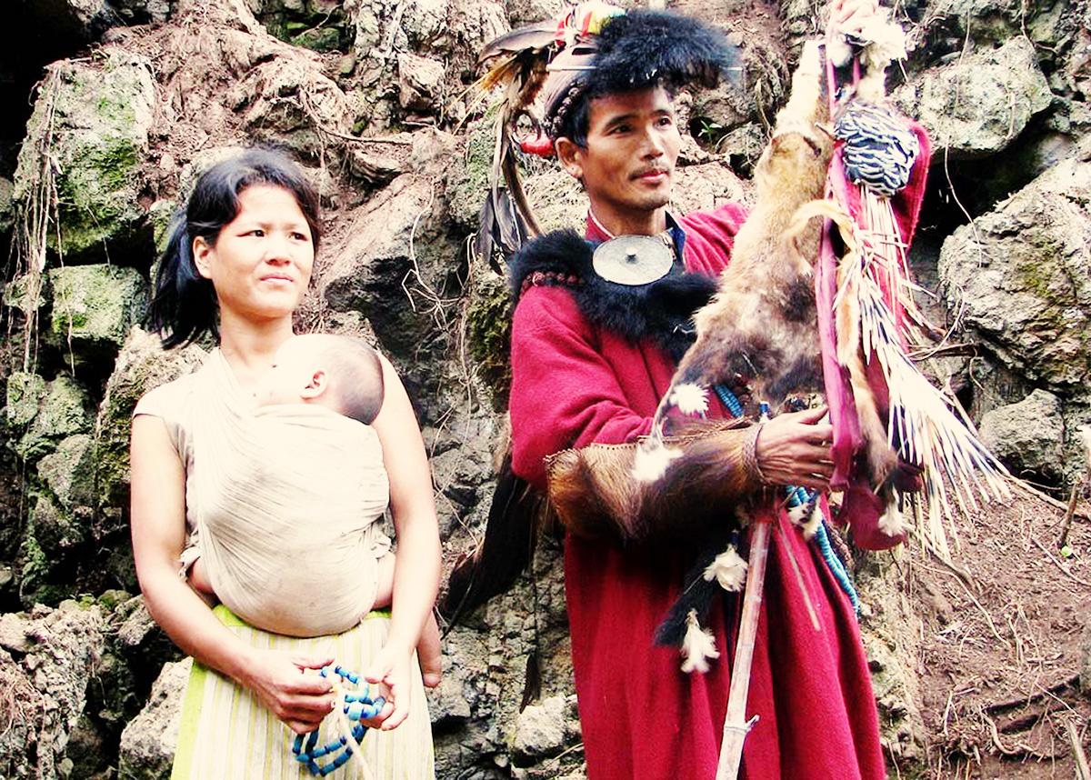 tagin-tribe-couple-arunachal-pradesh-india-1.jpg