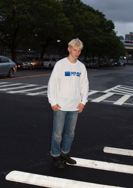 ALEXANDER WEARING HD DROPLET LONG SLEEVE T IN LARGE