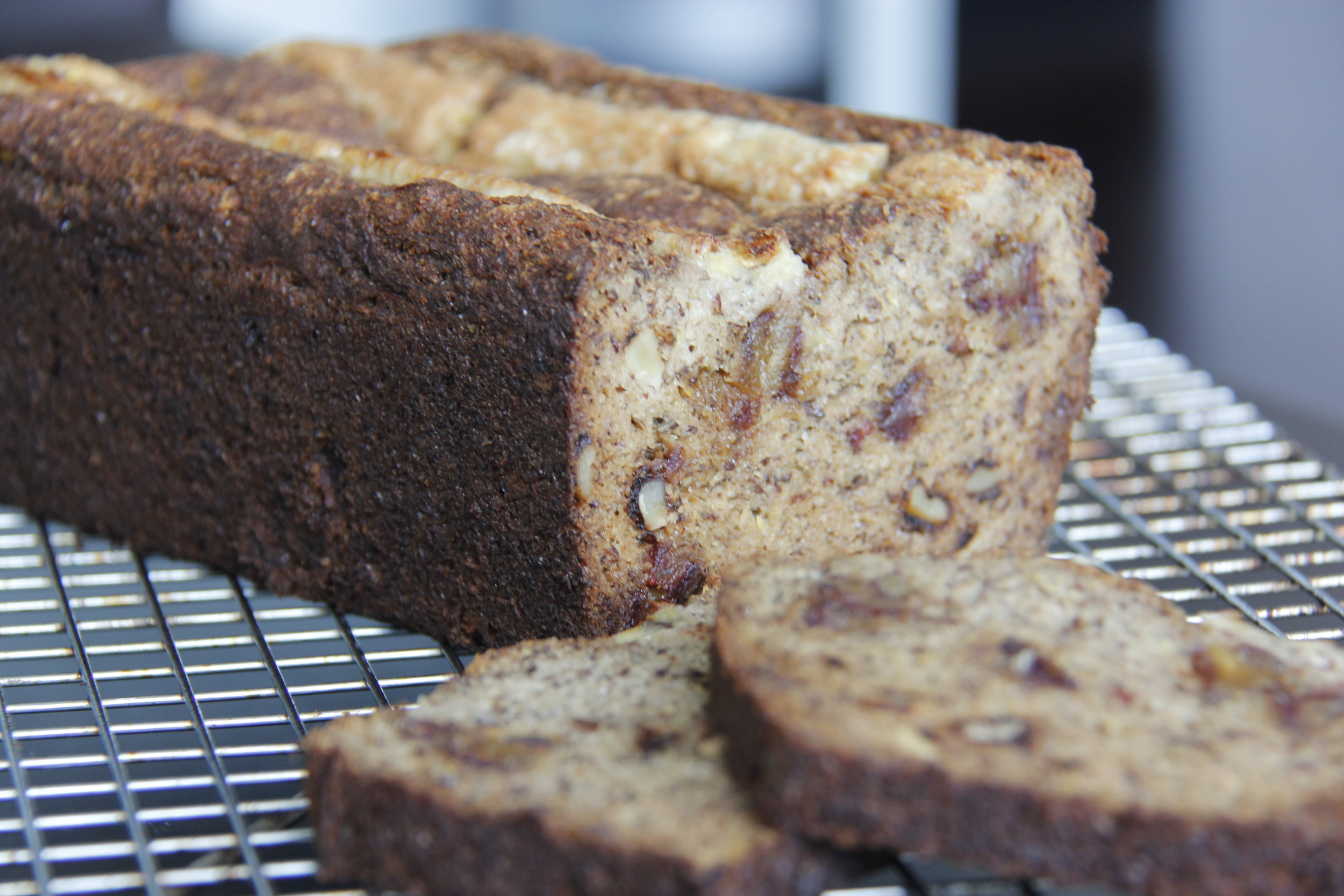 Healthy Hayles Banana Loaf