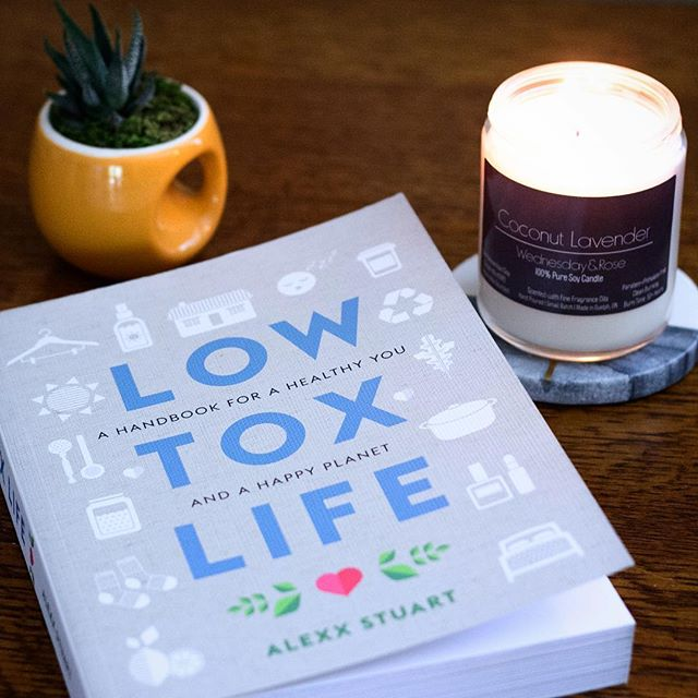 I found @lowtoxlife podcast while I was living in Australia and have been hooked ever since. Alexx's book finally came out in Canada so I grabbed it immediately! Boy I was not disappointed! Jam packed full of amazing info including low toxic candles and home fragrances.  It just so happened the next day I found @wednesdayandrose candles at the shops in Guelph and fell in love! They are locally made, small batch, no nasties and sustainably sourced.. I'm hooked! Oh and they smell amazing!  Thank you both! 💚  #lowtox #lowtoxlife #candles #guelph #wellness #toronto #sydney #healthy #fragrance #smallbatch #local #vegan #goodreads #natural