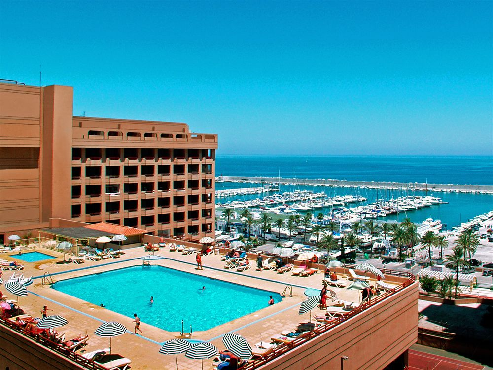 LAS PALMERAS APARTMENTS AND HOTEL in FUENGIROLA. (photo by hotels.com)