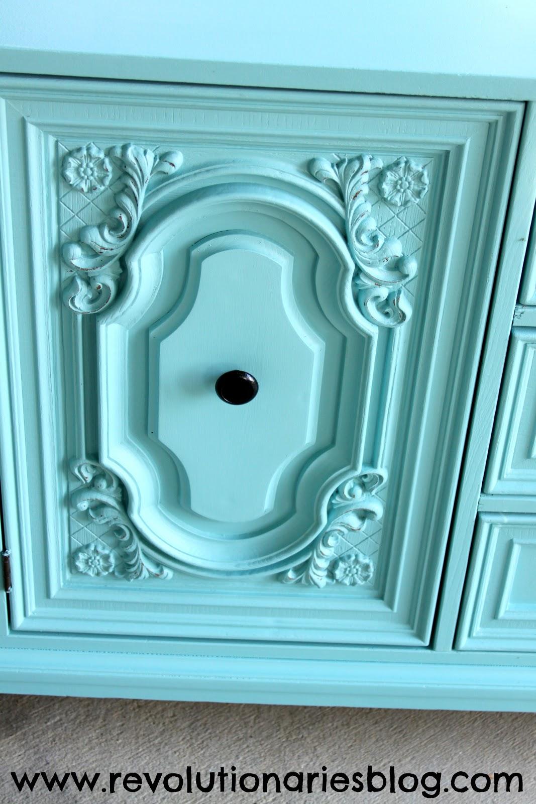 mint-dresser-door-details.jpg