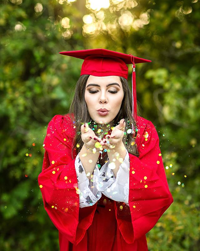 CONGRATS, Class of 2019!!! You made it! 🥳🎓💯 . . I've loved scrolling through my feed these past couple of weeks and seeing all of your beaming smiles in your pictures from the last days of school, graduation, & grad parties! It's been an honor to watch your journey into adulthood unfold and to have been able to photograph such special moments for so many of you. I can't wait to see what life has in store for you next!💛