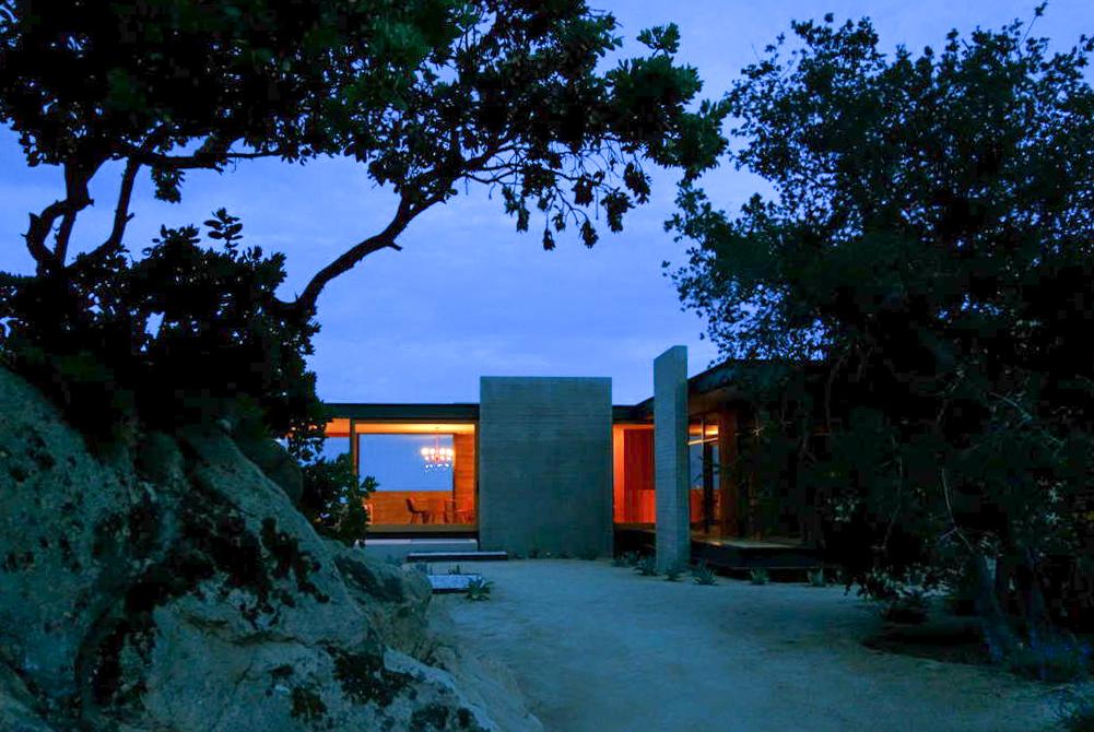 Saddle Peak House-4.jpg