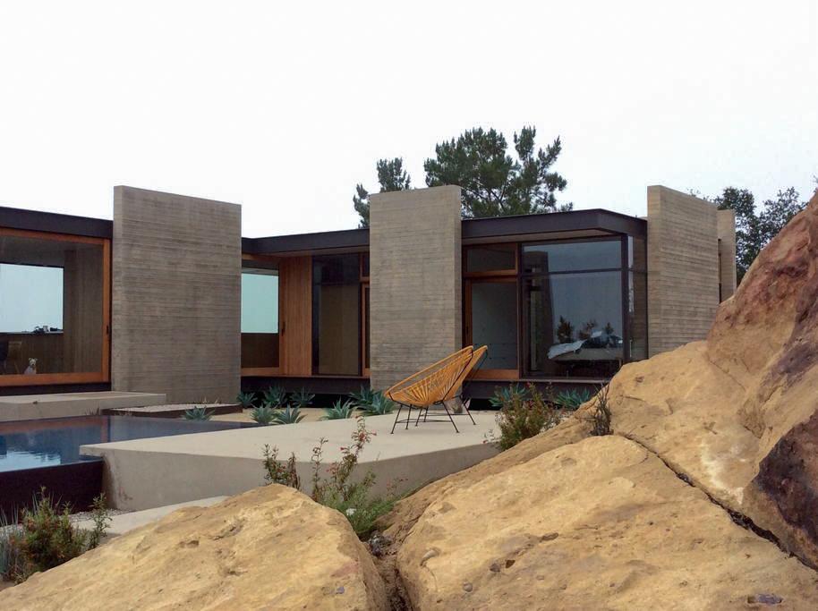 Saddle Peak House-5.jpg
