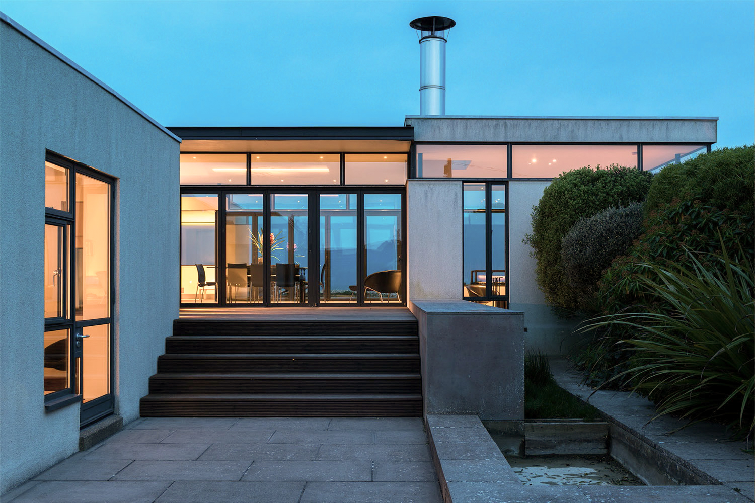 PAGHAM BEACH HOUSE - West Sussex, Great Britain, UK
