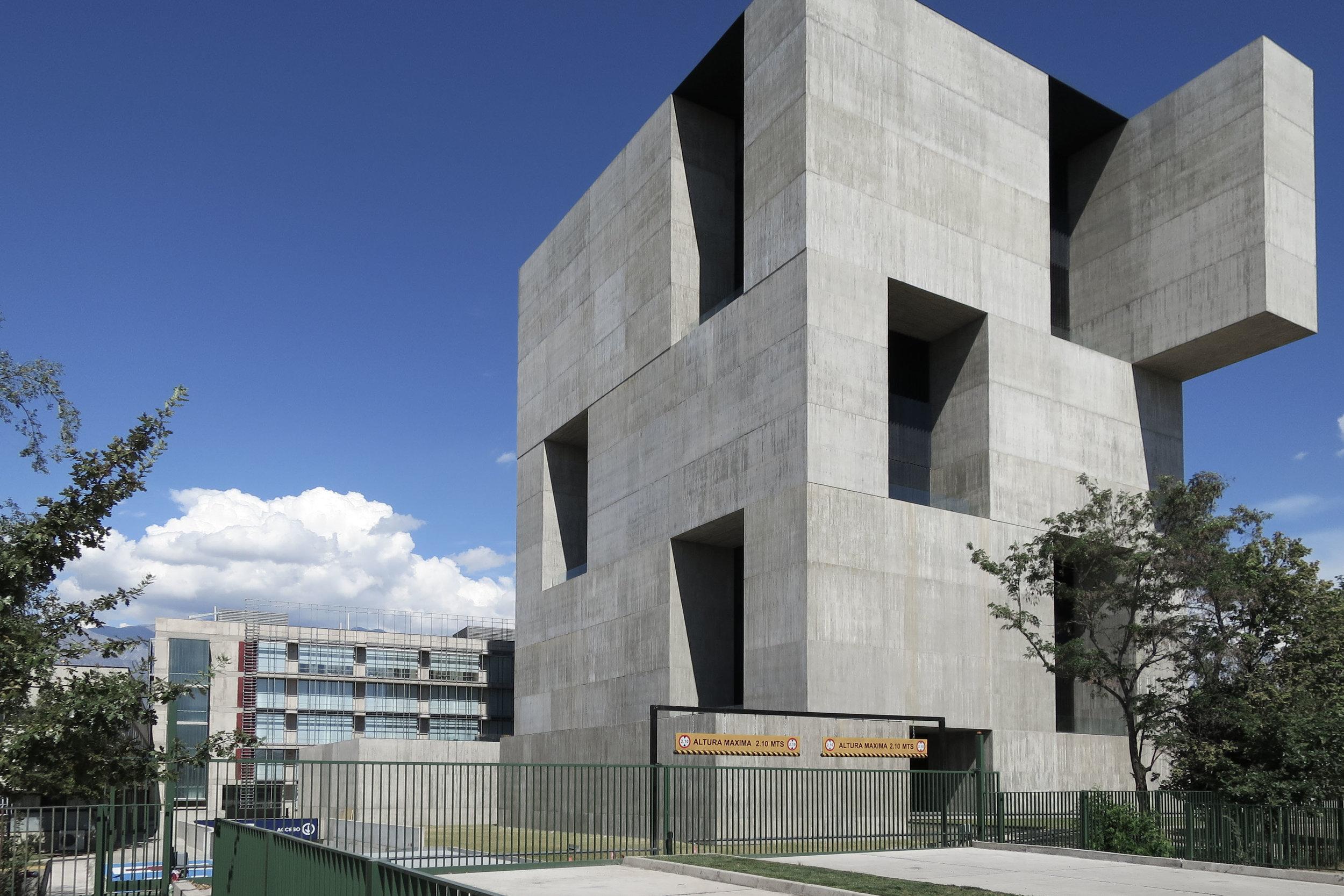 Newsletter 02 UC Innovation Center-1.jpg