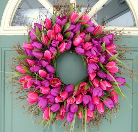 maximum living spring wreath 1.png