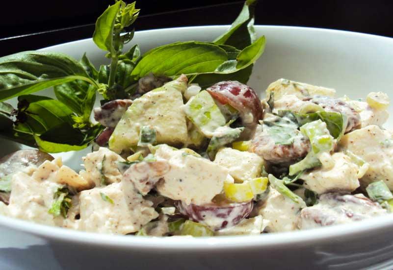costco-rotisserie-chicken-salad.jpg