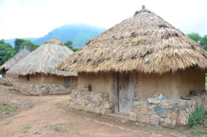 - TRADITIONAL HUTSThese huts are built in stone, wood and earth, with thatched roofs, and each accommodates 4 people sleeping in hammocks. Participants who want this option must bring a sleeping bag. The event will provide the hammocks.