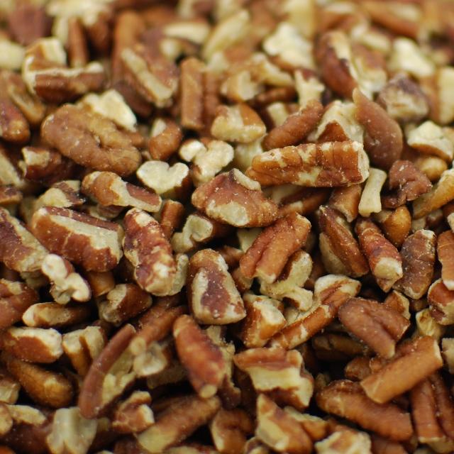 Medium Pecan Pieces