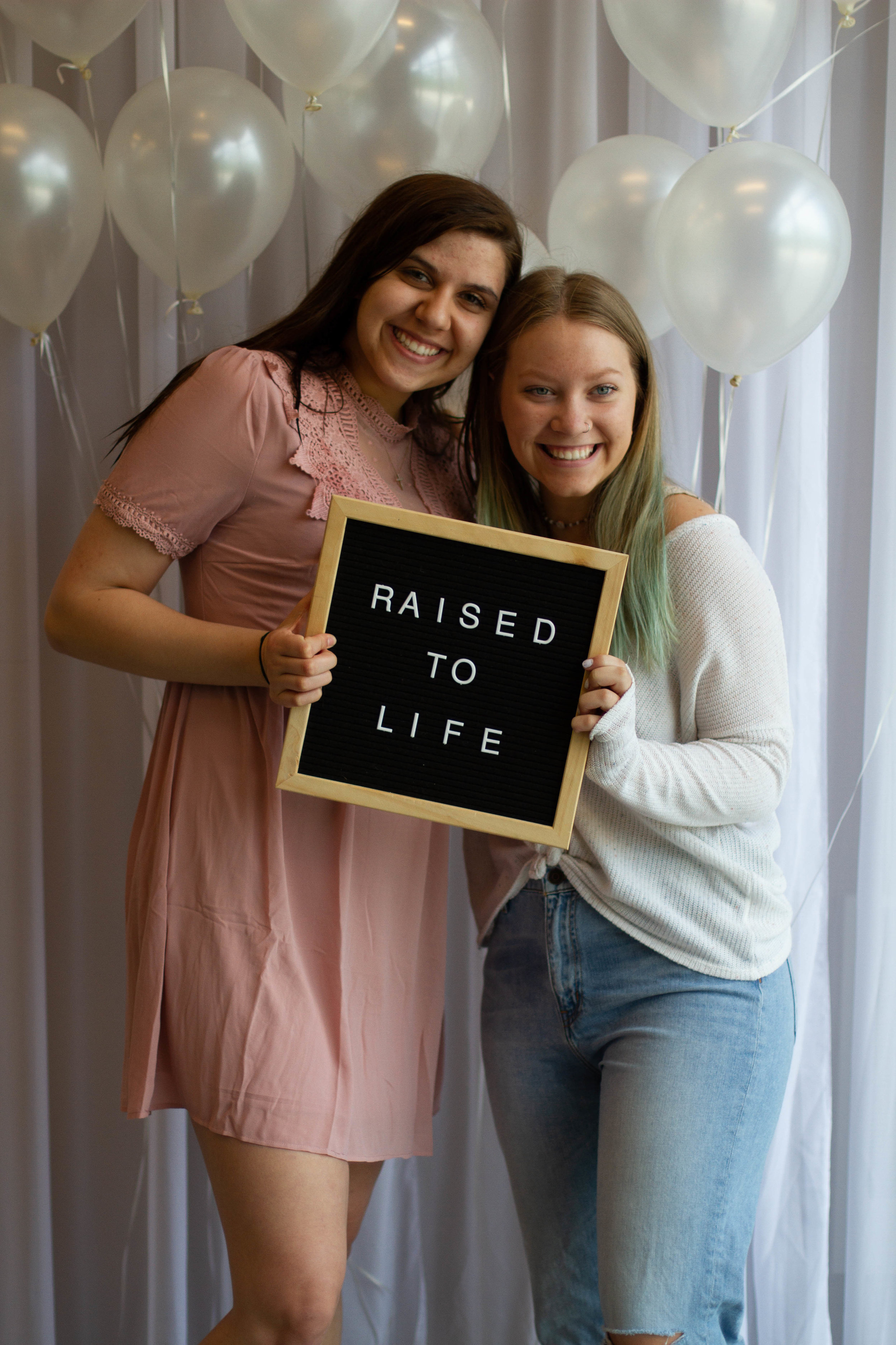Raised to life Baptisms-20.jpg