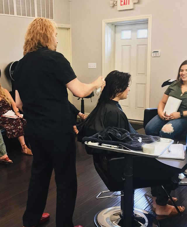 Our talented stylists and associates furthered their education yesterday with a private class hosted by @goldwellus to enhance their knowledge on new products to maintain hair health and promote a healthy scalp. Healthy scalp = healthy hair! • Don't forget that with the purchase of any 2 Goldwell or KMS products you will receive a complimentary serum spray of your choosing. Supplies are running low, so come in before they're gone! - - -  #goldwellcolor #goldwellus #goldwellapprovedus #haireducation #healthyscalp