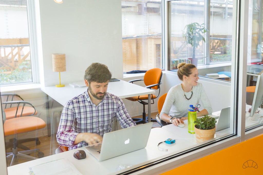 coworking-together-at-workspace-230-chicago