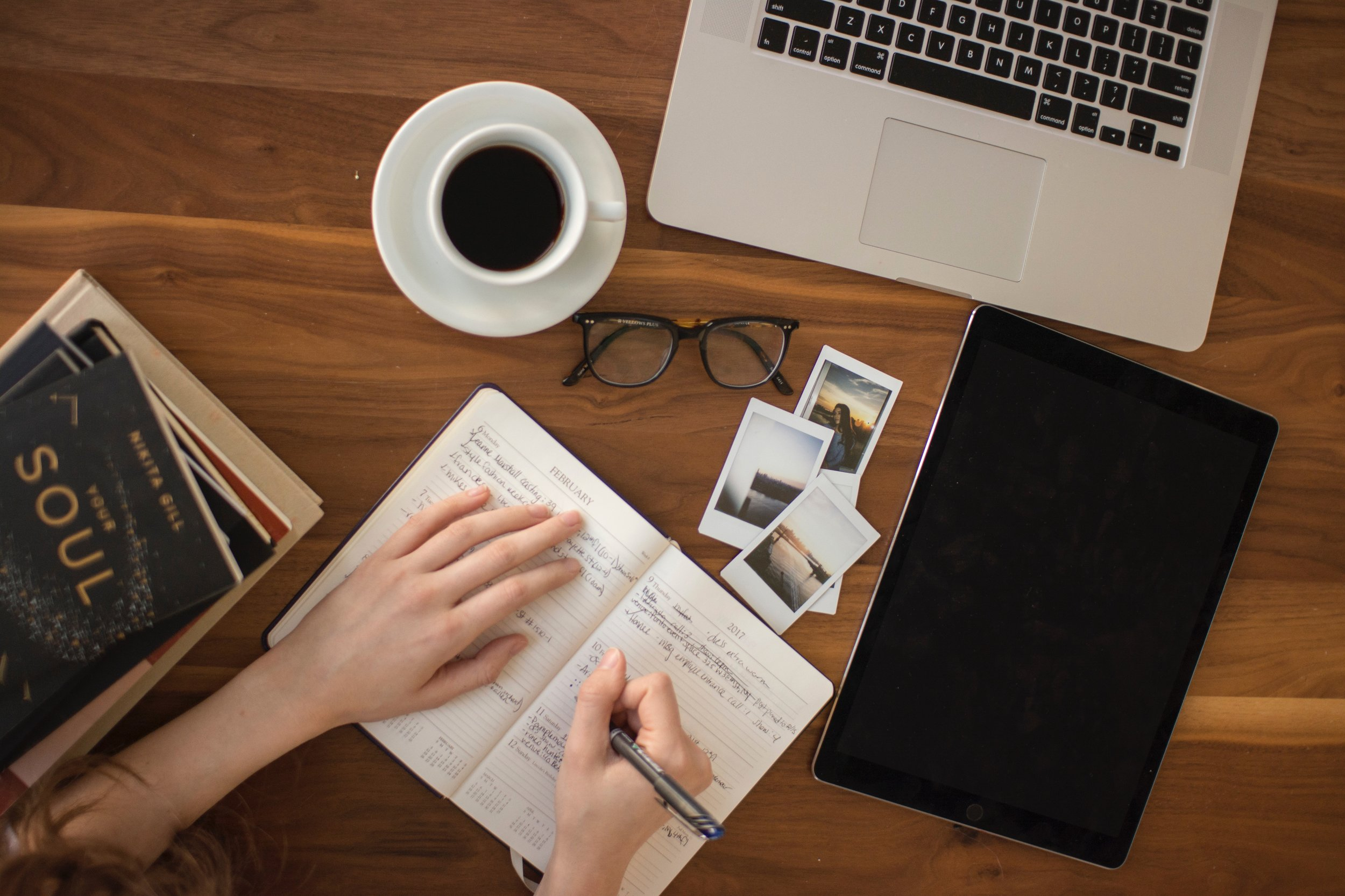 Our first instinct is usually to work on the computer, but studies have shown putting pen to paper increases productivity.
