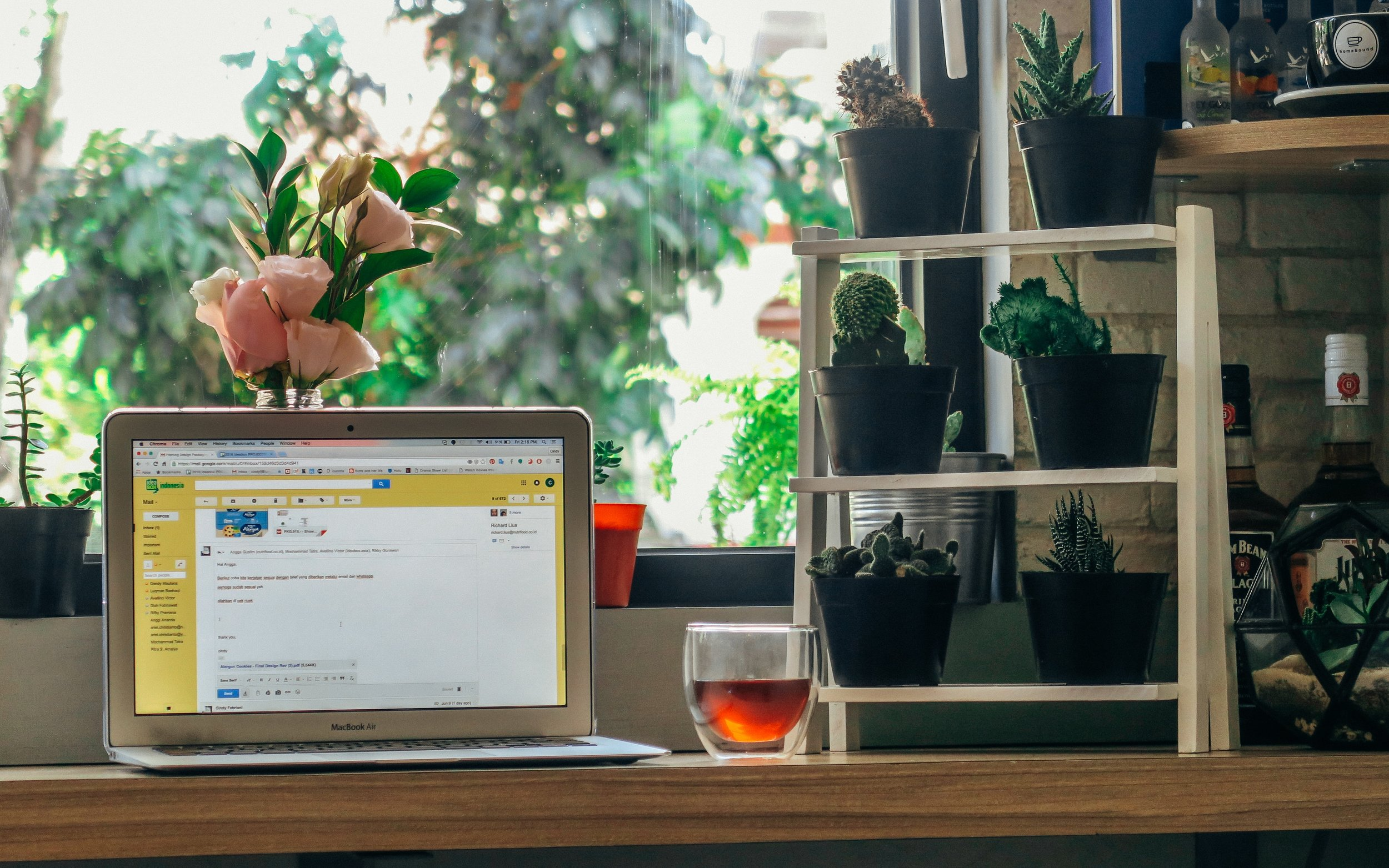 Maintaining privacy in a coworking space is something to consider and perfectly doable.| Photo by  Farrel Nobel  on  Unsplash