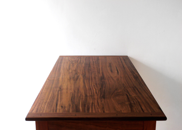 desk top.jpg