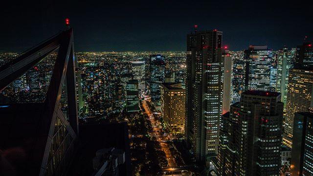 The sights in Osaka  🗾🗼⛩️🇯🇵👘🏯🍜🍱🎎🌸 #snubstravels ➡️ Like travel vids? YouTube.com/ShannonMorse 📸 Sony A7RII 🌎 Location tagged above photo!  . #temple #shrine #japan #japantravel #traveljapan #SnubsInJapan #japantrip #discoverjapan #myjapan #instagramjapan #japanawaits #japanloverme #japanalert #japan_vacations  #japan_night_view #visitjapanjp #visitjapanau #visitjapan #japanrevealed #lovers_nippon #odigo #solotravel #travelguide   @exploringjapan @visitjapanau  @japanalert @japanawaits @japan.vacations @japantravelcom @japanloverme @visitjapanjp @visitjapan.us  #osaka #osakatravel #osakajapan #osakatrip #osaka🇯🇵   @japan_osaka_city