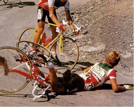 Tour de France crash at the top of the Galibier - rookie move!