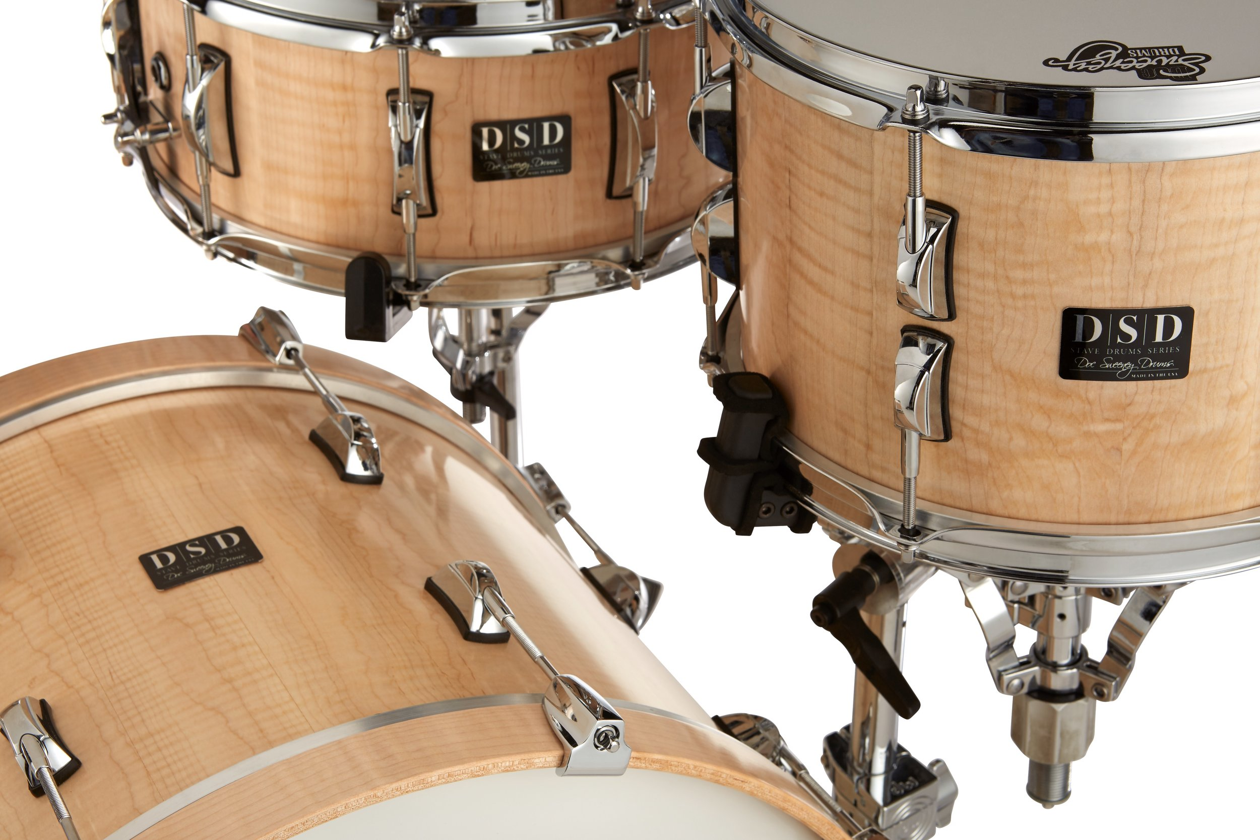 Performance - These drums produce a classic and pure sound that is home in any musical situation. Snare shells pop, yet are sensitive to light sticking, and the toms and bass produce tight full tones. These kits are the choice for players looking for a more focused sound with increased projection.
