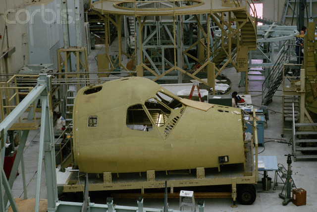 he crew cabin for the space shuttle Discovery is under construction at Rockwell International's Downey facility..jpg