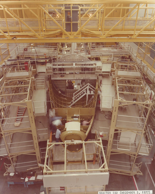 Orbiter 102 Crew Module April 1977 sub-system development a Dow 12.jpg