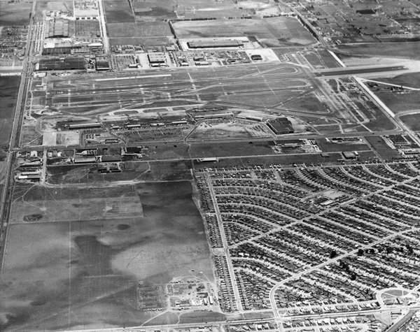 Aerial view of Los Angeles International Airport