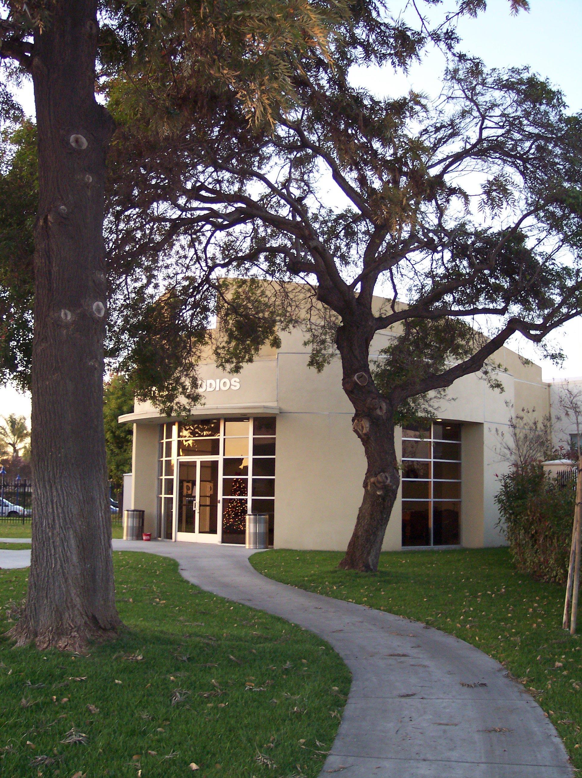 Former Downey Studios front entrance - Photo- Larry Latimer