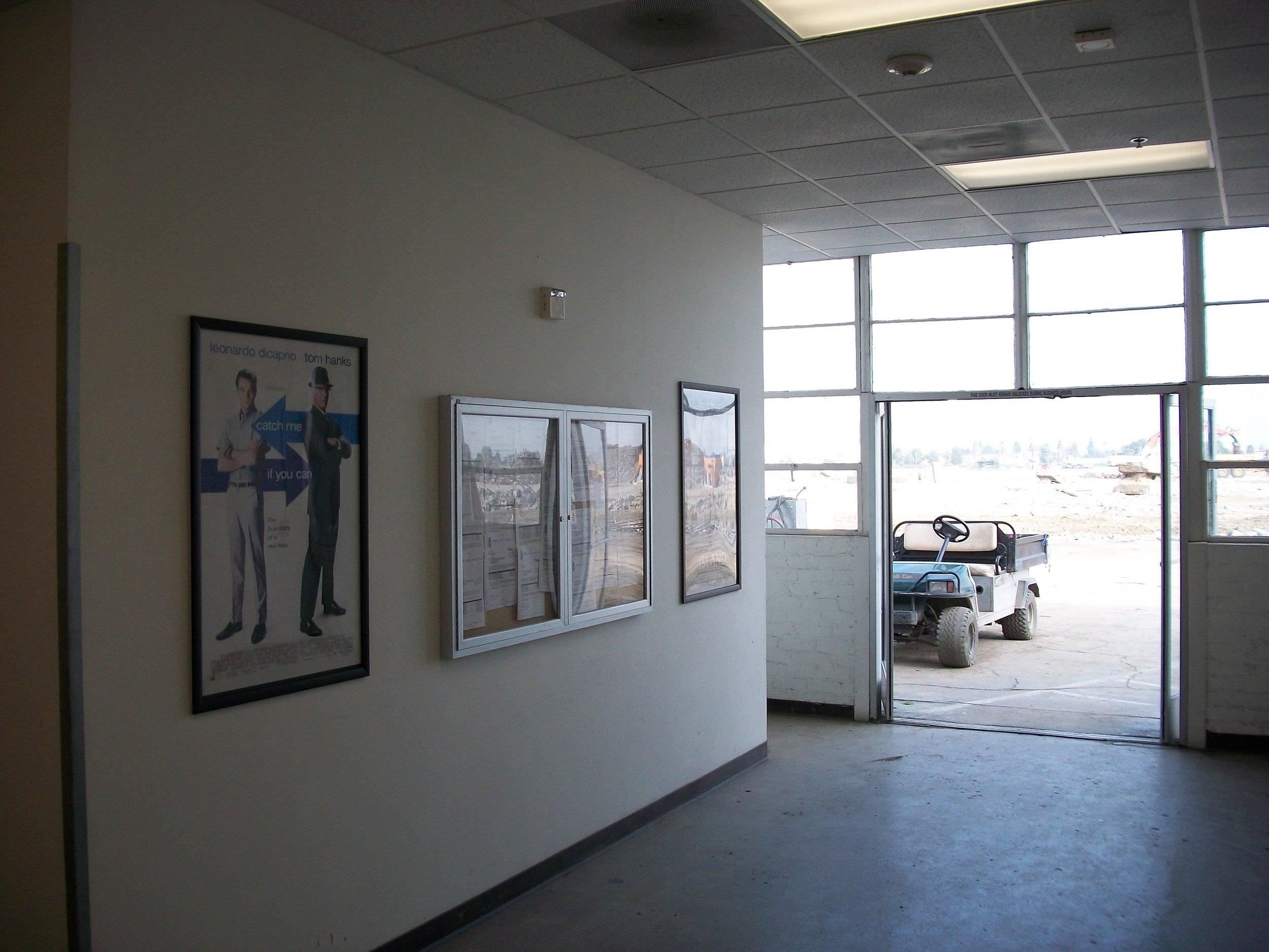 Downey Studios Photo- Larry Latimer