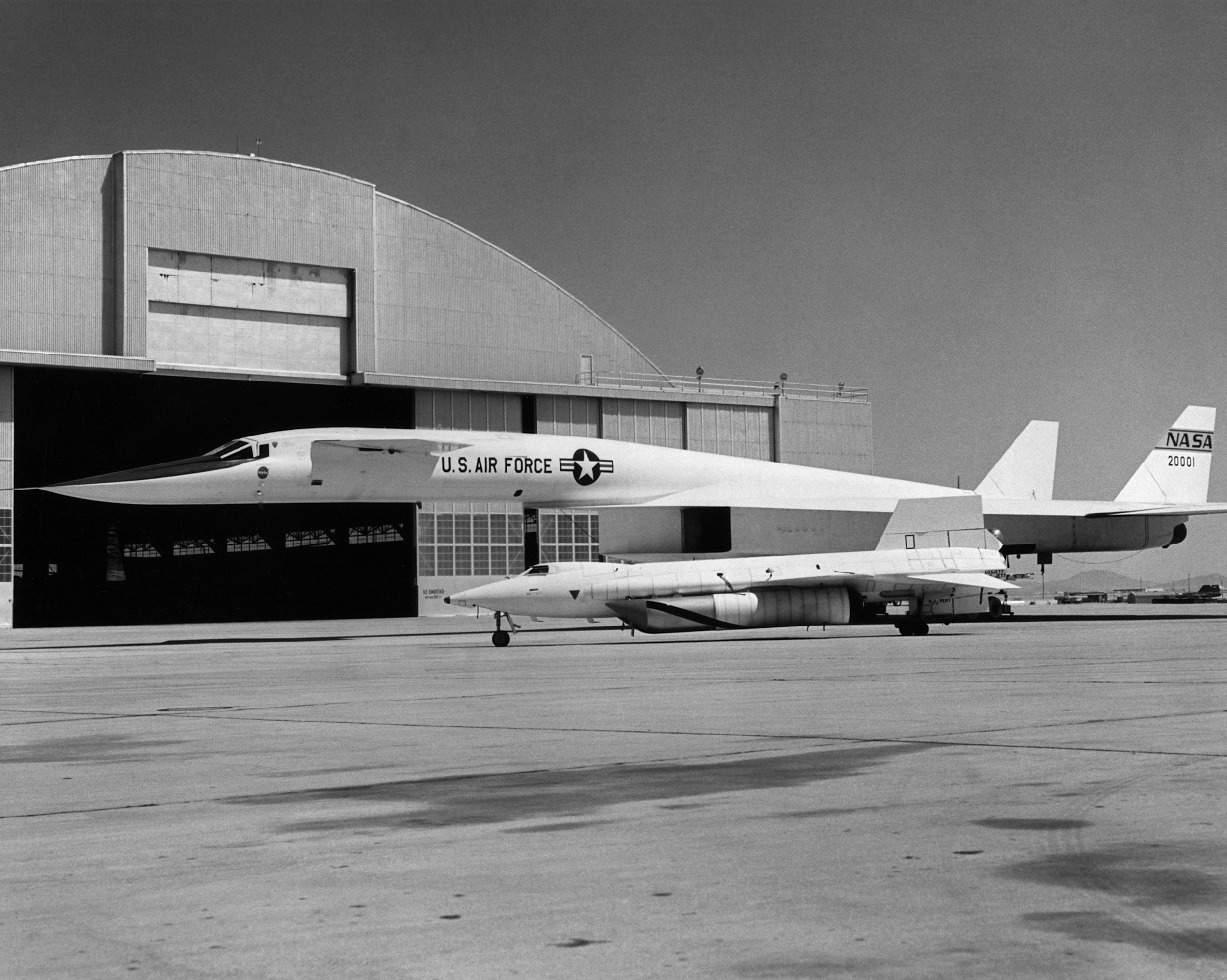 X-15 and XB-70 parked on NASA ramp.