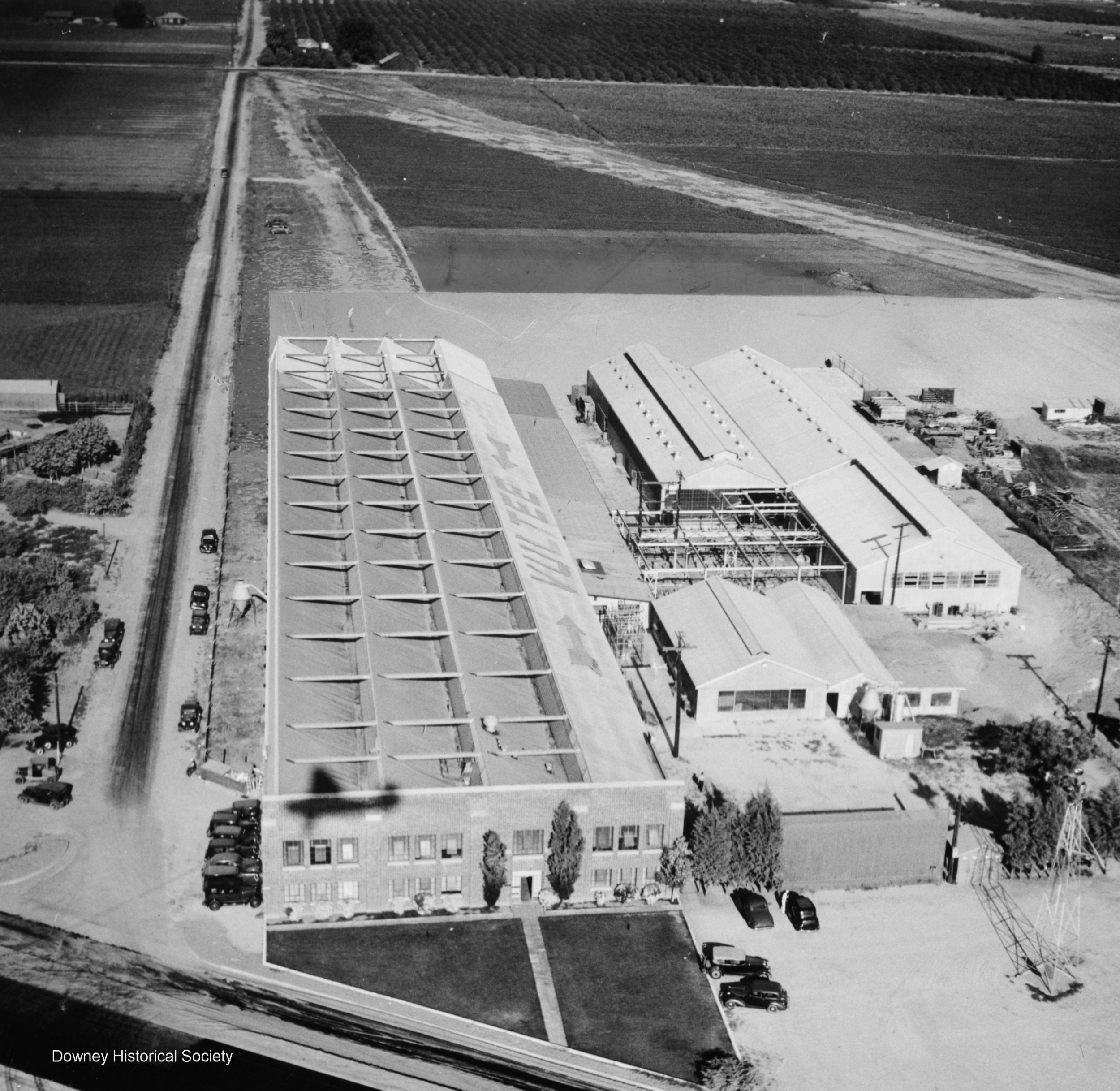 Vultee Aircraft leases the Downey Plant in 1936